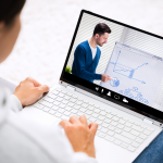 How to Advance your Career with Online Training Courses